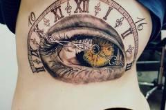 oeil-et-horloge