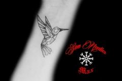 colibri-dotwork